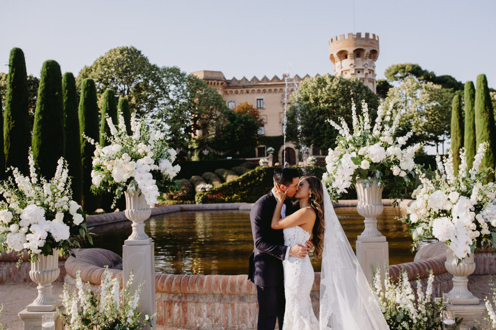 Barcelona Brides Wedding Planner will make your dream wedding come true